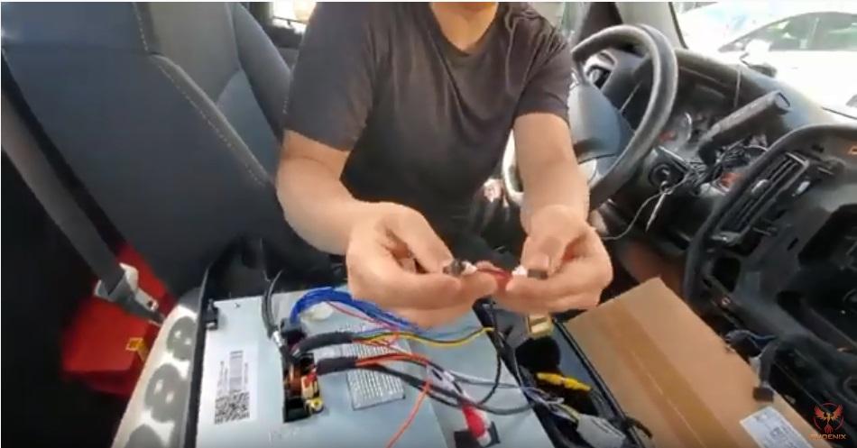 シルバラード テスラナビ取付け動画説明ステアリングコントロール配線