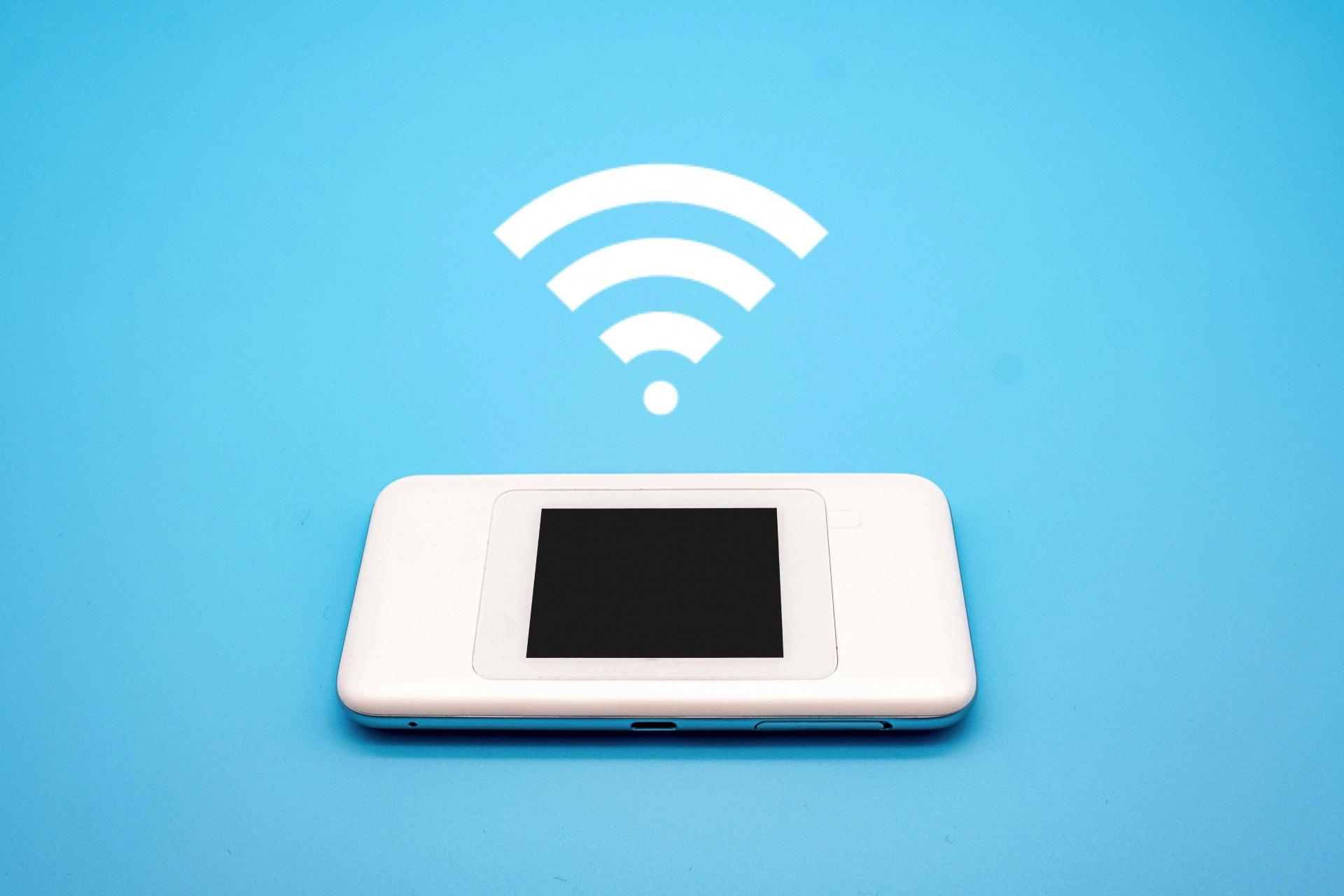 テザリングVS WiFi